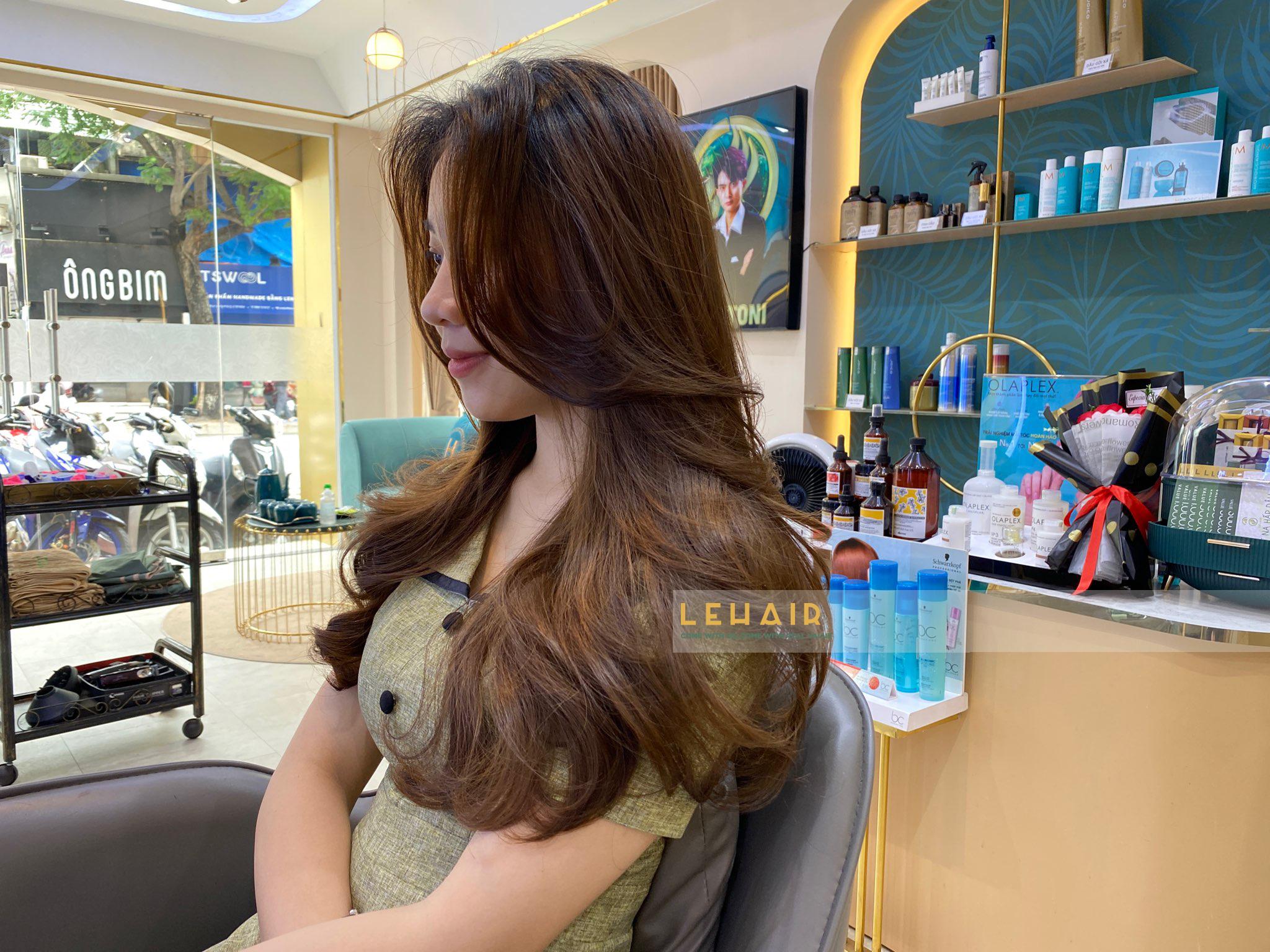 những kiểu tóc uốn đẹp dẫn đầu xu hướng 2021